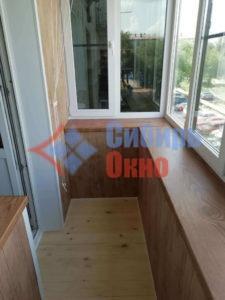 Отделка и остекление балкона в Омске