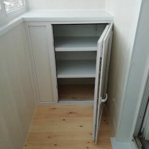 Пример шкафа на балконе фото