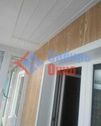 Отделка балкона внутри с сушилкой лианой фото