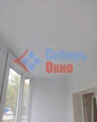 Потолок на балконе из панелей ПВХ фото